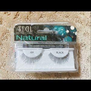 New Ardell Natural Eyelashes #109 4sets in a pack
